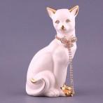 """Фигурка """"Кошка белая с цепочкой"""""""