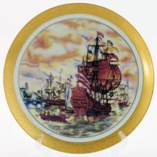 Тарелка декороративная с подставкой