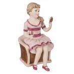 """Статуэтка """"Девушка в кресле"""""""