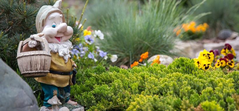 Товары для садового декора